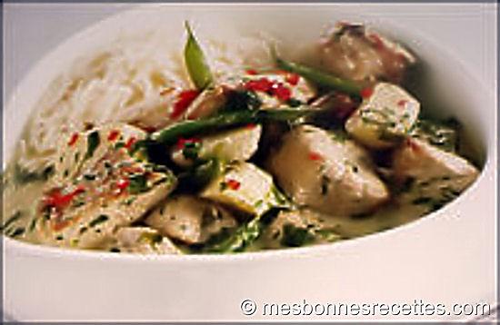 Porc au curry avec haricots verts