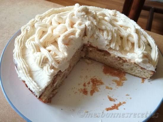 Gâteau aux pommes et amandes nappage mascarpone