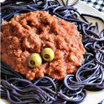 monstre de spaghetti noir d halloween