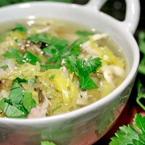 Soupe écossaise aux poireaux et poulet